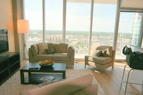 Skypoint Condo-29th Floor