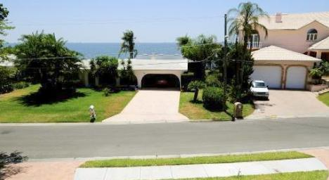 Waterview Home in Beach Park-Tampa